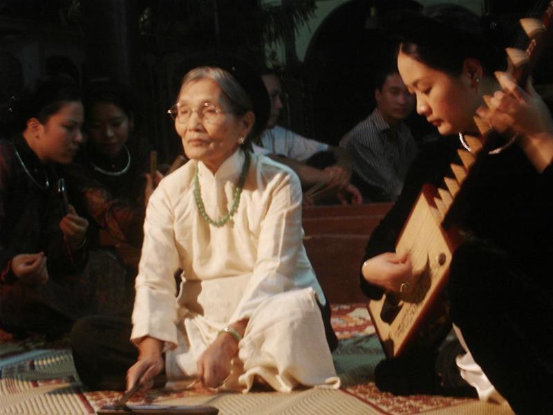 Top 10 Nghệ nhân ca trù nổi tiếng nhất Việt Nam
