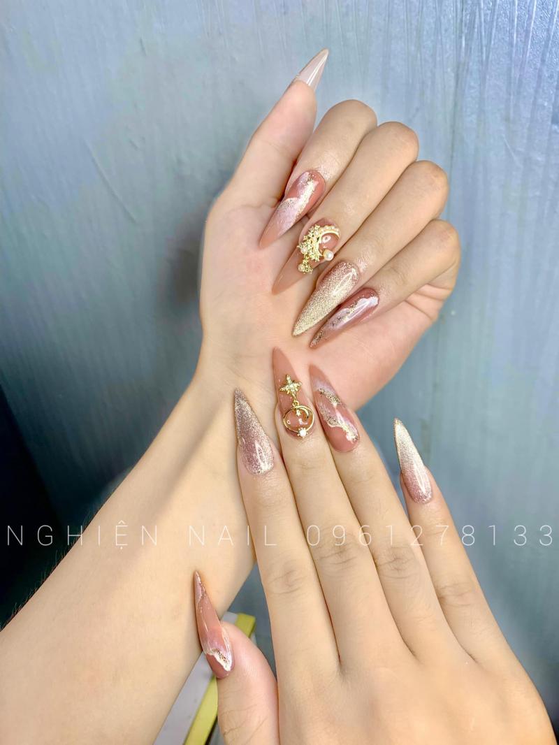 Nghiện Nails