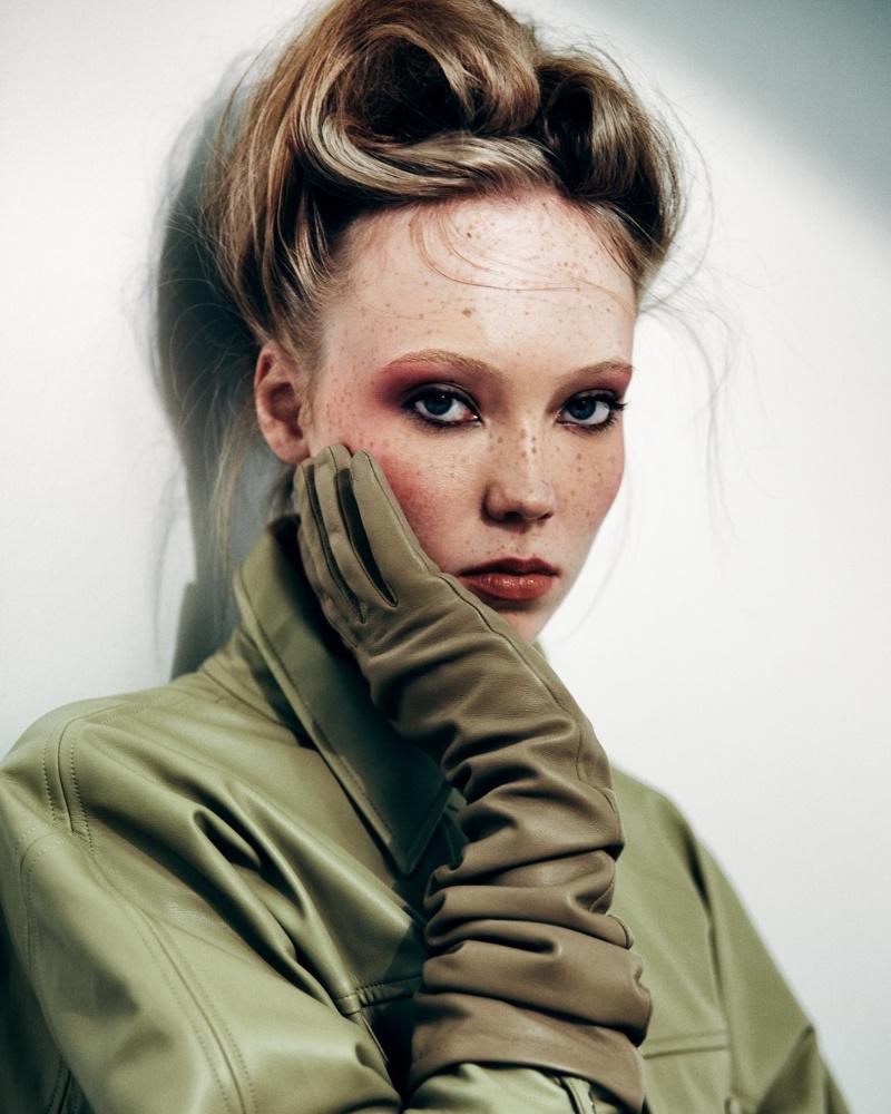 Người mẫu nổi tiếng với gương mặt đầy tàn nhang