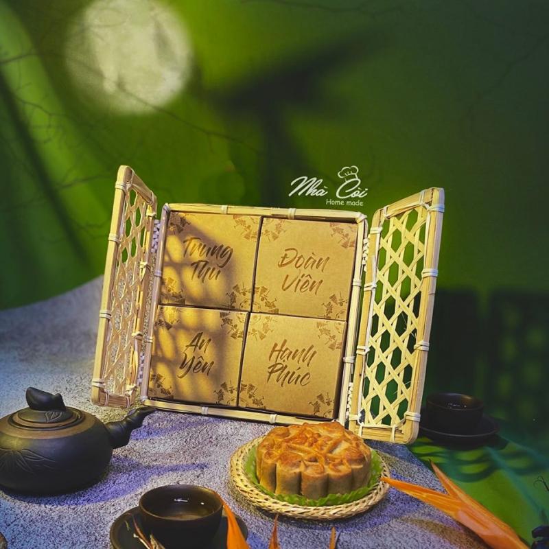 Bánh được để trong bao bì sang, đẹp và rất thân thiện với môi trường