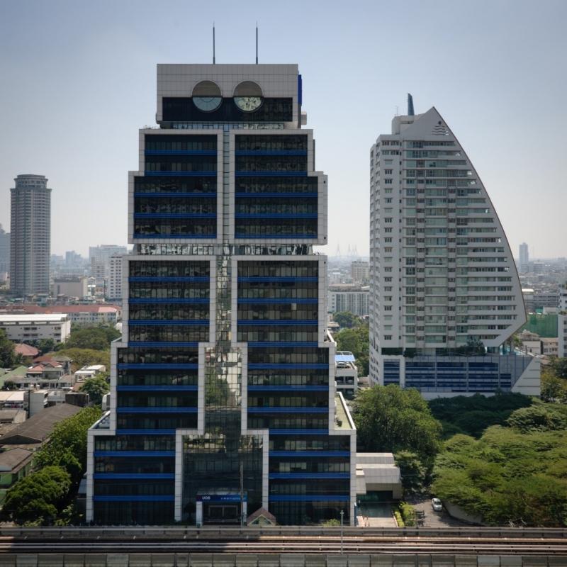 Ngôi nhà hình robot hiện tại tại Thái Lan