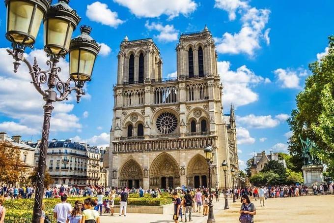 Nhà thờ Đức Bà ở Paris