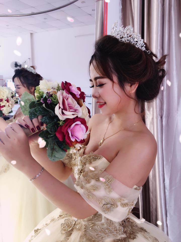 Pé Ốc (Pé Ốc Bridal)
