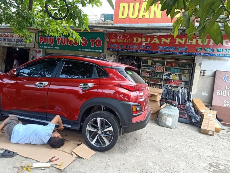 Thay phụ tùng xe ô tô ở Duẩn Nhung