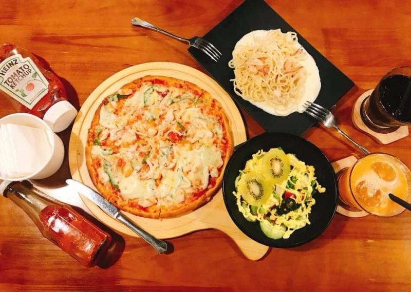 Pyzzi Pizza