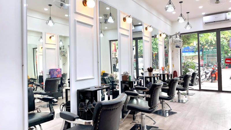 Rully Yến Hair Salon