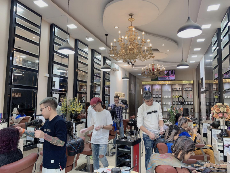 Salon Hoàng Huy
