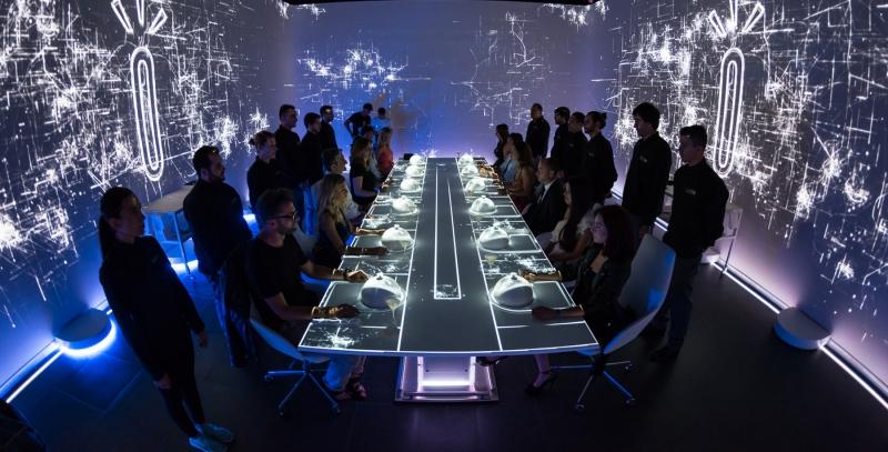 Bữa ăn tiêu biểu ở Sublimotion