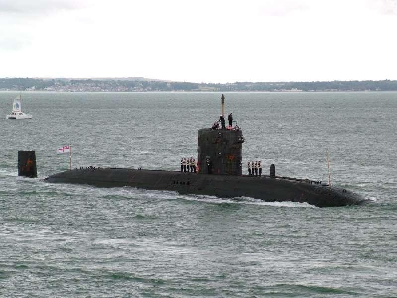 Tàu ngầm lớp Trafalgar - Anh