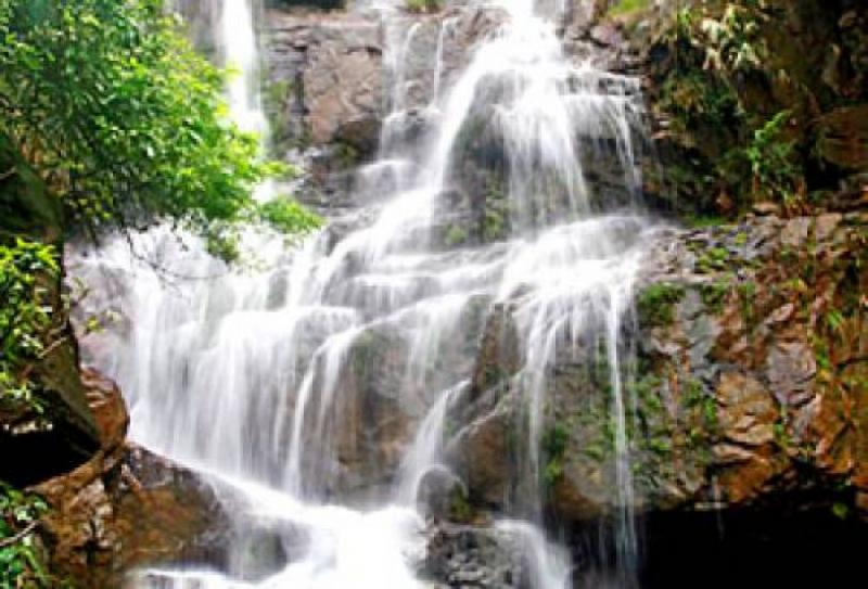 Top 9 Thác nước đẹp nhất Quảng Ninh bạn nên ghé thăm