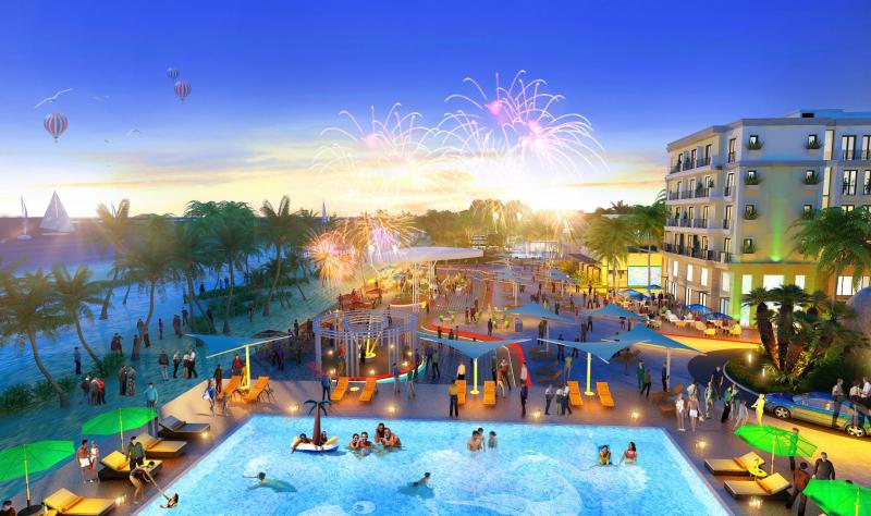 The Hamptons Plaza