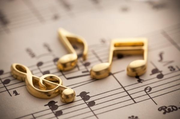 Âm nhạc giúp cho cuộc sống trở nên tươi vui, đầy màu sắc hơn