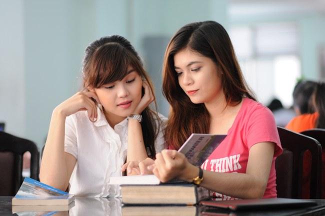 Phương pháp học tiếng Trung cùng gia sư cũng là một trong những sự lựa chọn hữu hiệu (Ảnh minh họa)