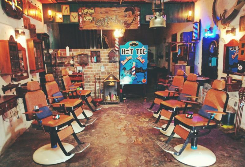 Trung Timber-Barber Shop
