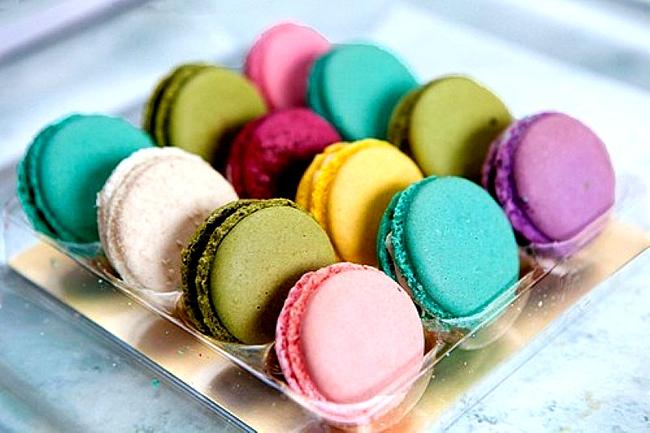 Macaron xinh xắn và hấp dẫn