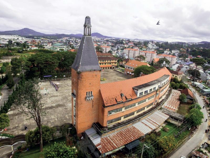 Top 10 Ngôi trường có kiến trúc đẹp nhất Việt Nam