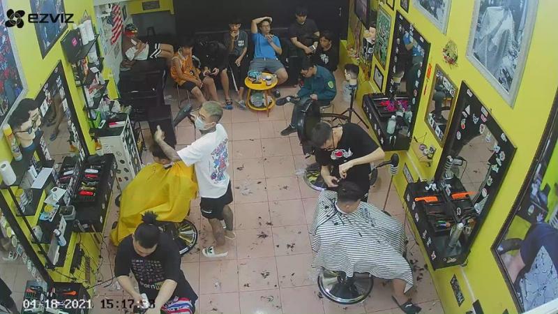 Cửa hiệu cắt tóc nam Tùng Kon Barber Shop