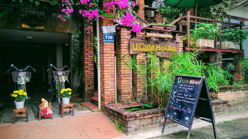 U Café