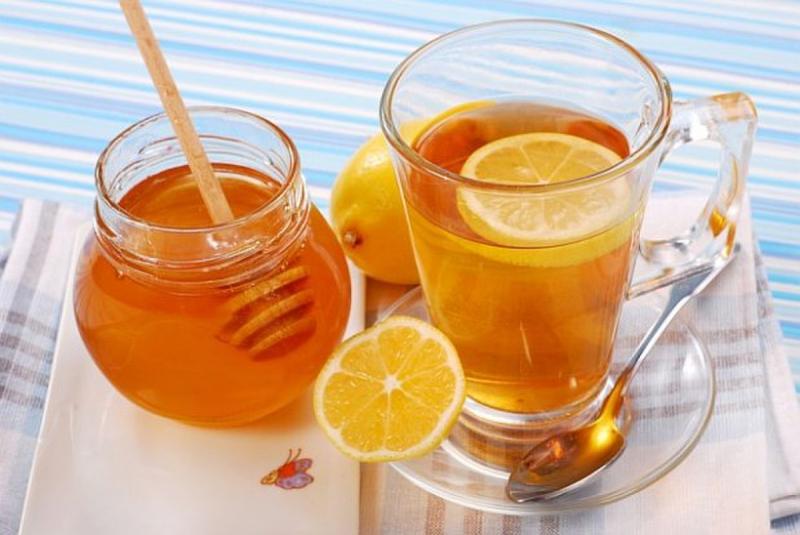 Uống chanh, mật ong