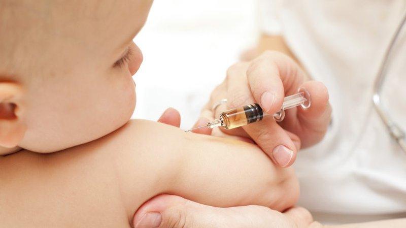 Vacxin phòng viêm gan B