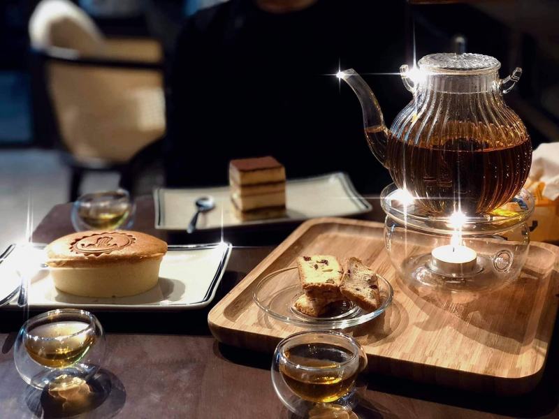 Vaina Patisserie & Coffee