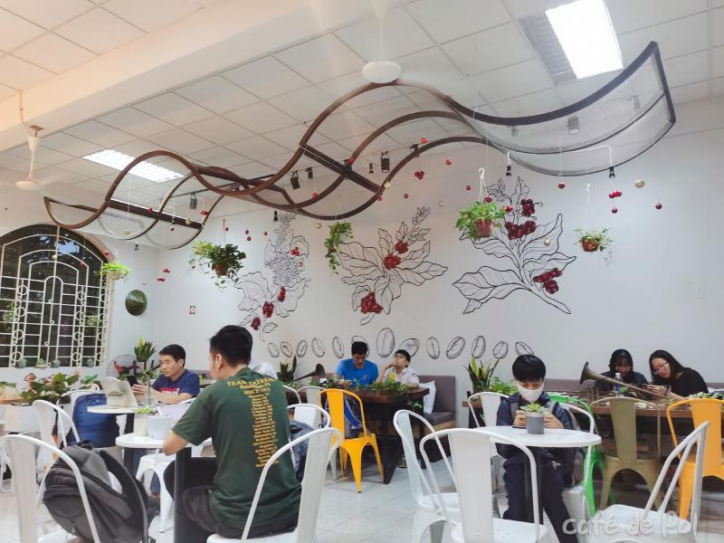 VNAM Café de POL