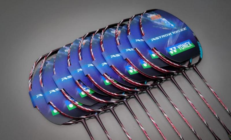 Vợt cầu lông Yonex Astrox 100ZZ Kurenai - Đỏ New 2021