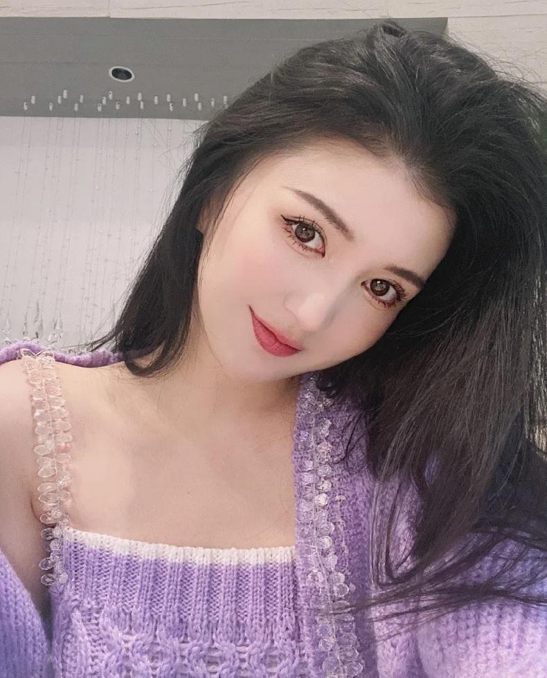 Người mẫu Trung Quốc tử vong sau khi hút mỡ và nâng ngực