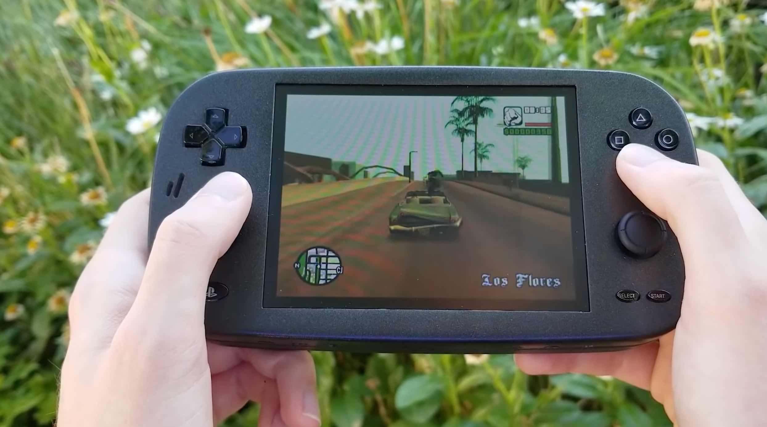 Biến PlayStation 2 thành máy chơi game cầm tay