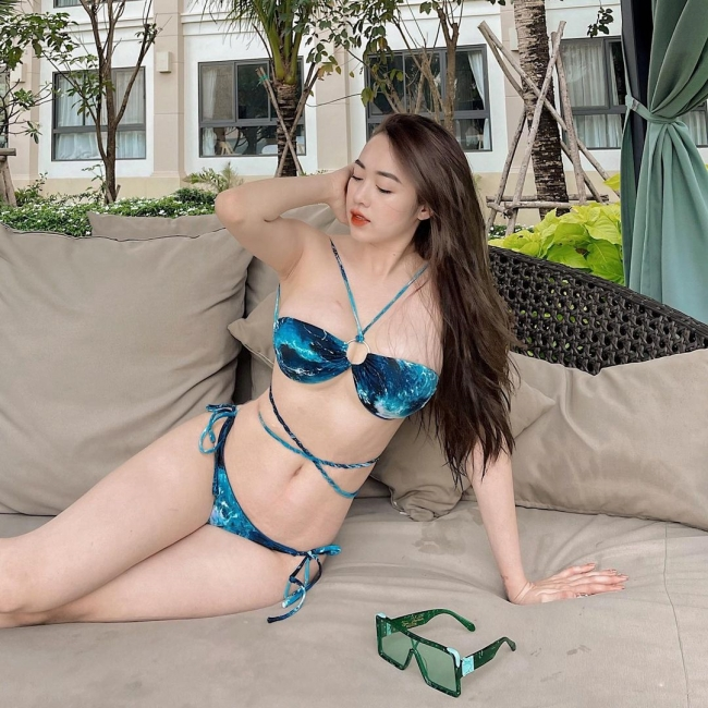 """Thoát kiếp gầy gò ốm o, 2 hot girl Quảng Ninh """"lột xác"""" với vóc dáng phồn thực hoàn hảo"""