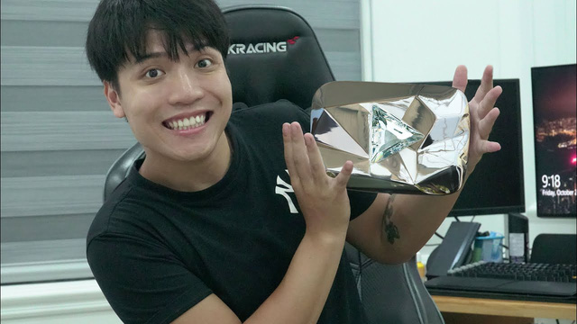 Chàng trai Thái Bình kiếm 4,1 tỷ/tháng sắp thiết lập kỷ lục YouTube 10 triệu người theo dõi