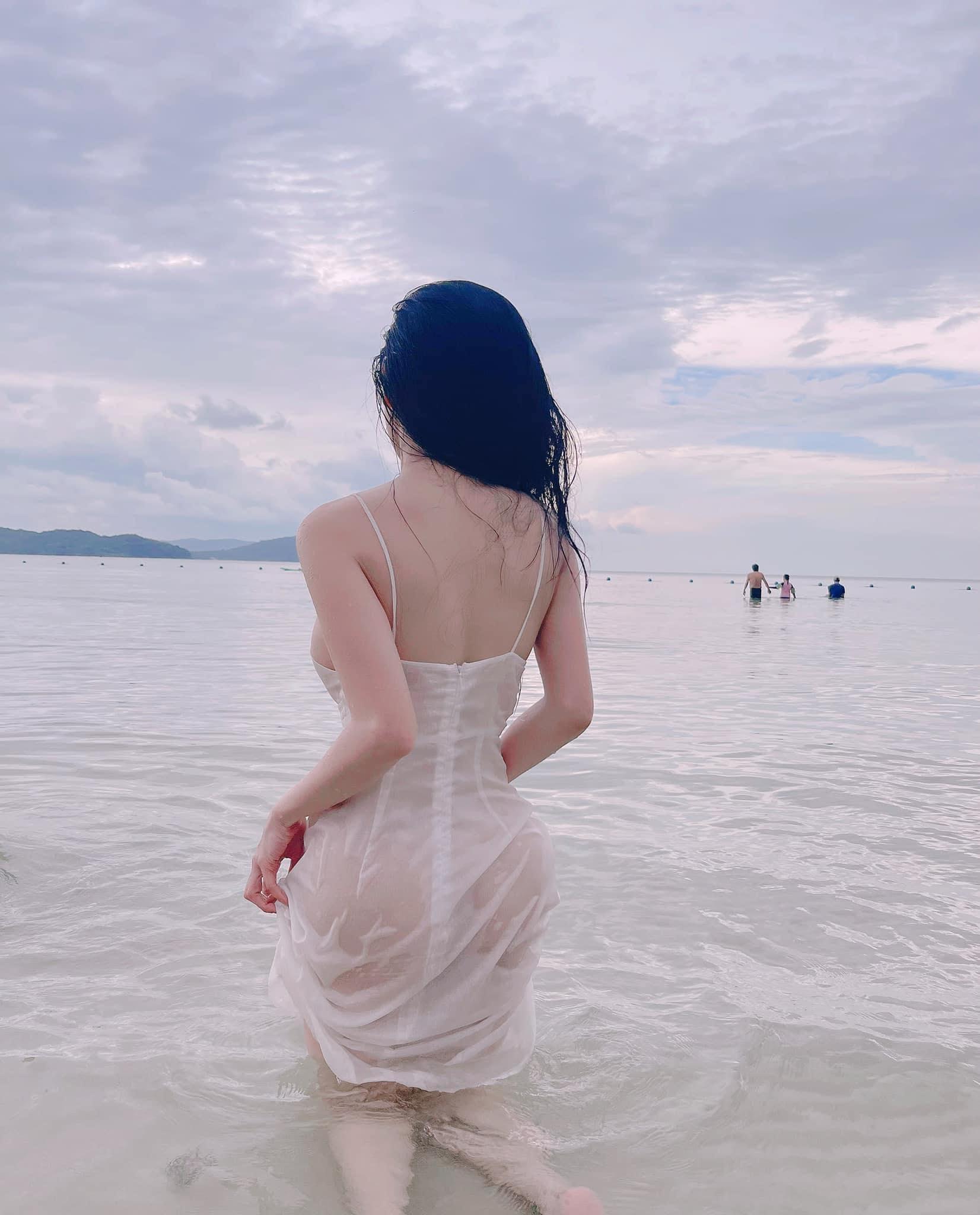 Gu thời trang gợi cảm của hot girl Mai Sang