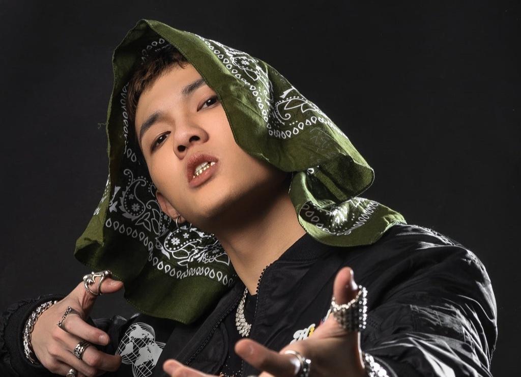 Tage trình diễn đầy cuốn hút trong MV rap đầu tiên của Tốc Chiến