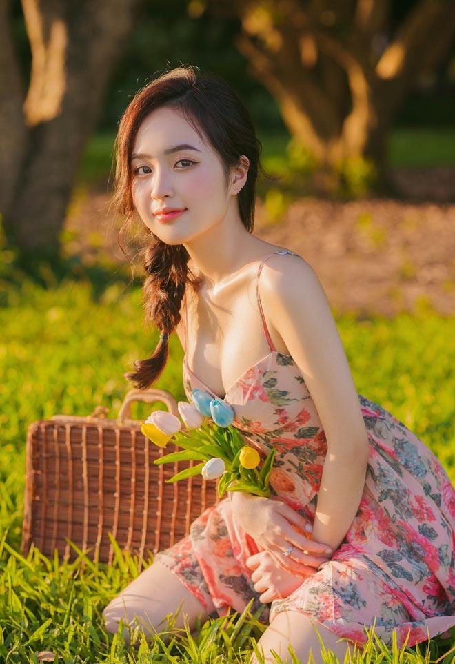 """Hot girl Phương Anh lần đầu tiên tiếng về clip """"nóng"""", tin đồn lấy chồng năm 19 tuổi"""