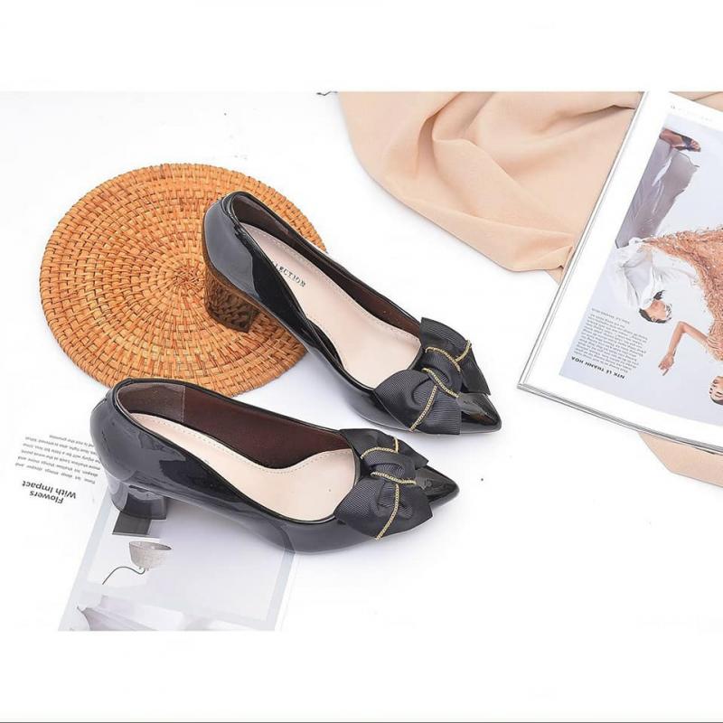 Top 5 Shop giày dép nữ đẹp và chất lượng nhất ở TP. Hà Tĩnh