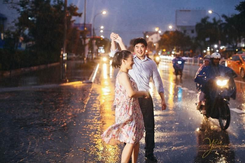 Top 7 Kinh nghiệm chụp hình cưới dưới mưa đẹp và độc đáo nhất