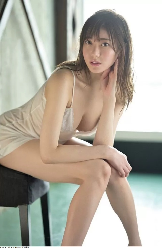 """Xinh quá mức, hot girl tân binh phim 18+ chưa debut đã được kỳ vọng sẽ chấm dứt """"kỷ nguyên"""" của Yua Mikami"""