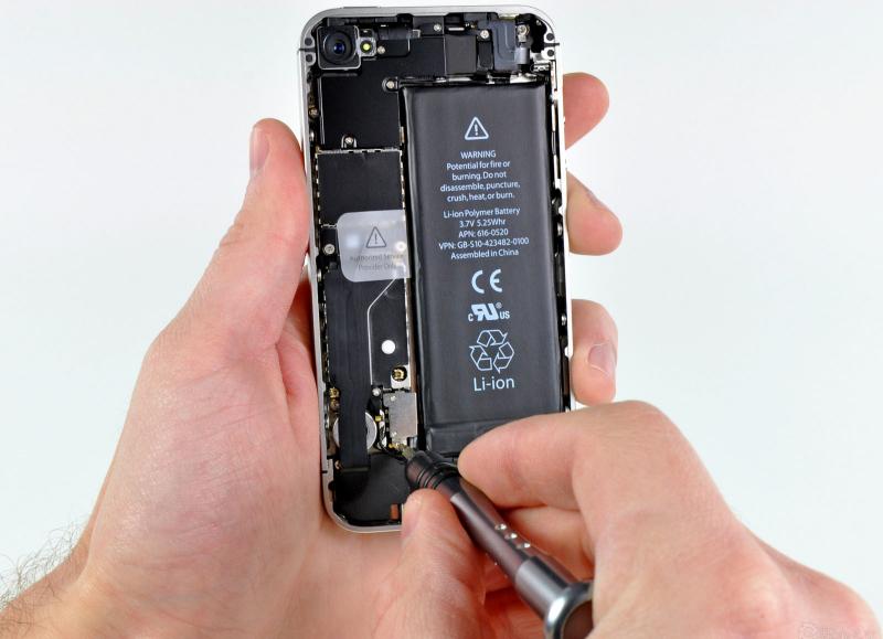 Top 6 Địa chỉ sửa chữa điện thoại Iphone chất lượng, uy tín nhất Cần Thơ