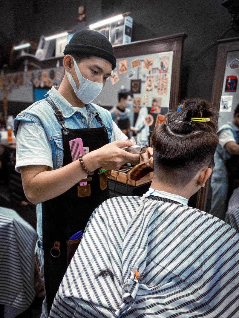 Top 10 Tiệm cắt tóc nam đẹp và chất lượng nhất quận Tân Phú, TP. HCM