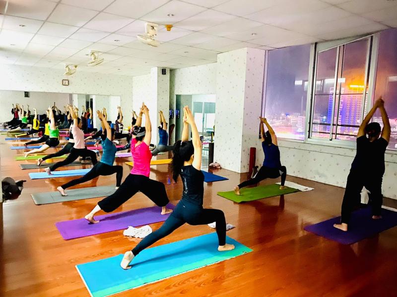 Top 7 Phòng tập yoga tốt nhất TP. Long Xuyên, An Giang