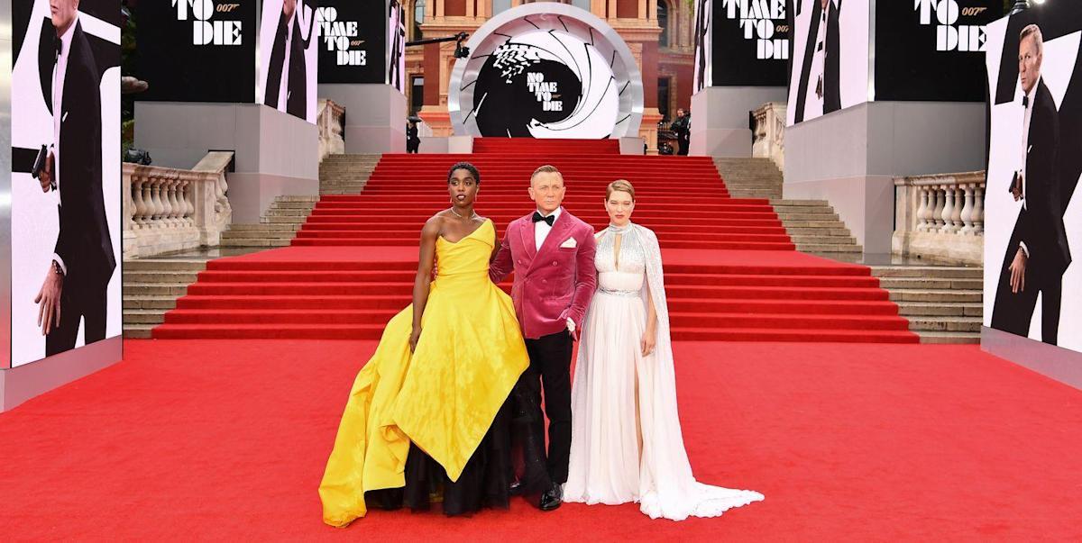 Người mẫu diện trang phục kém duyên tại sự kiện có hoàng tử, công nương Anh tham dự