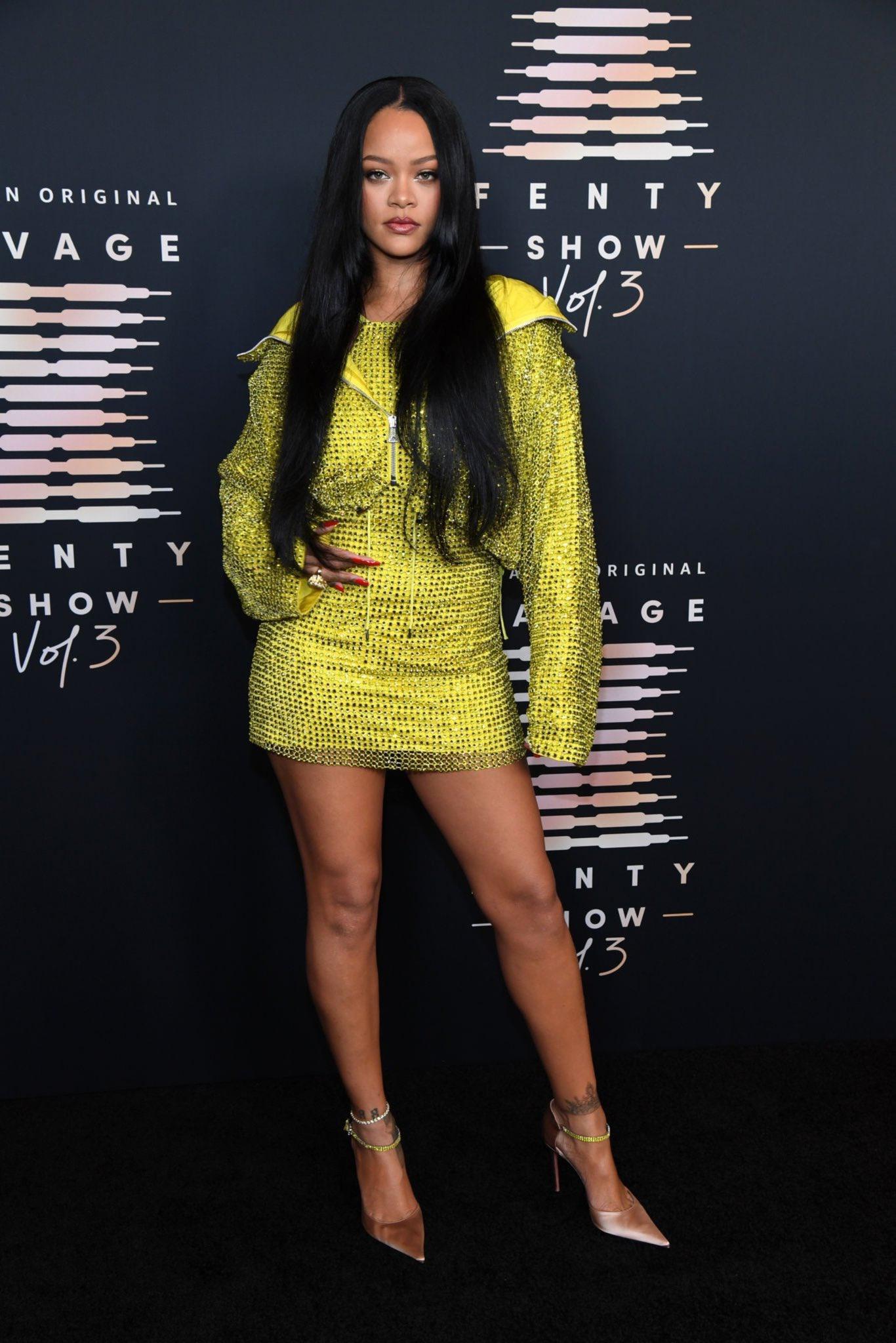 Dàn người mẫu dự show của Rihanna
