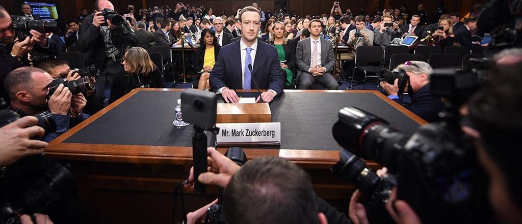 Facebook bao che cho Mark anh 1
