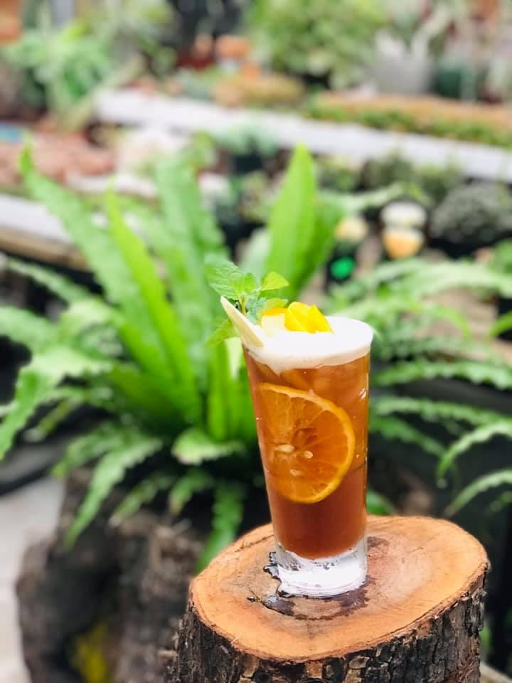 Đồ uống tại A Little Garden