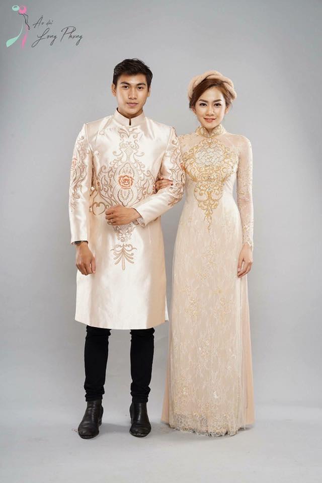 Áo dài cưới cùng màu cho cả cô dâu và chú rể