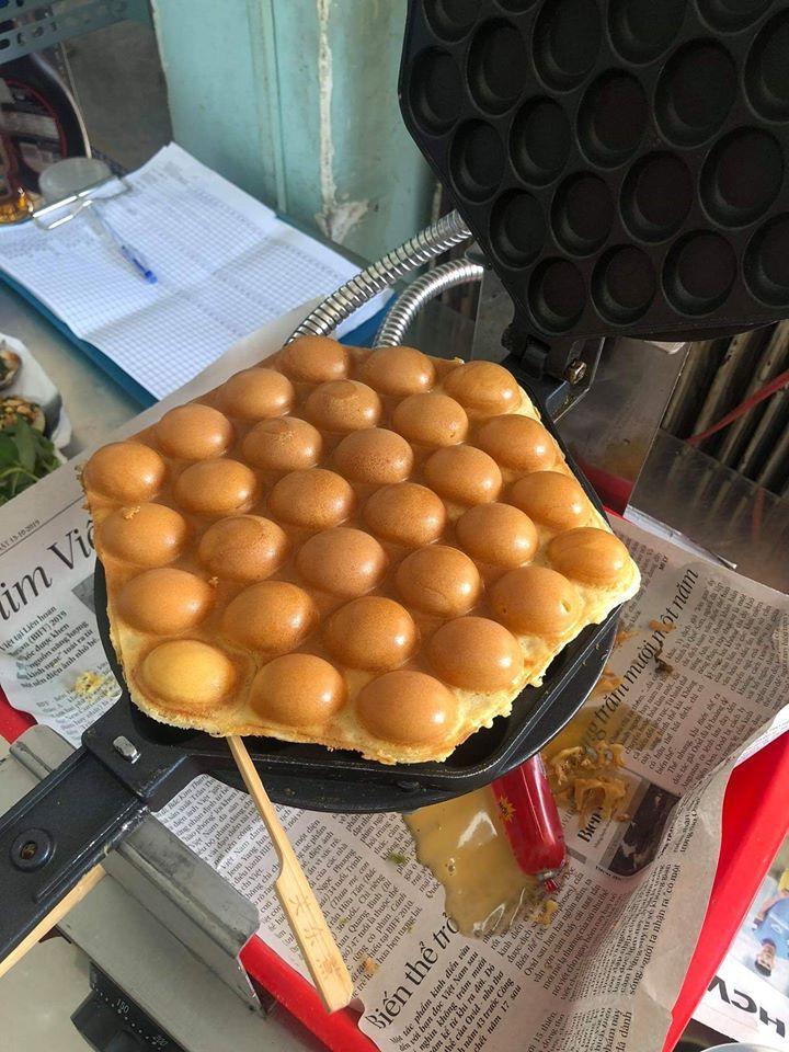 Bánh trứng Hồng Kông Suki có nhiều chi nhánh ở Sài Gòn. Chỉ đơn giản với một gian hàng nhỏ nhưng chất lượng bánh của Suki rât được đảm bảo.