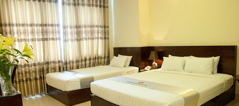 Tất cả đồ nội thất đều êm ái, dễ chịu, thậm chí nhiều phòng còn cung cấp những tiện nghi như trà miễn phí, tủ áo, khăn tắm, cafe hòa tan miễn phí.