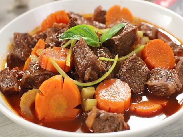 Bò kho truyền thống