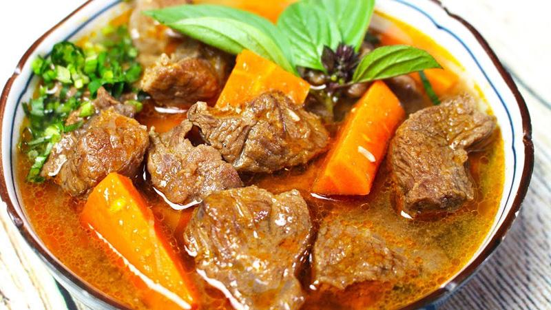 Bò kho với nước dừa