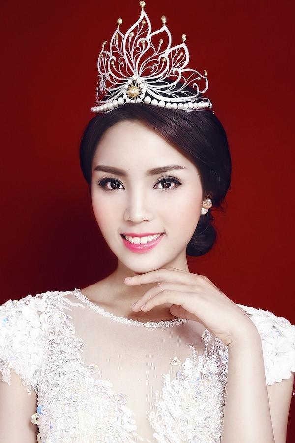 Top 10 Các chiếc vương miện đắt tiền nhất ở Việt Nam